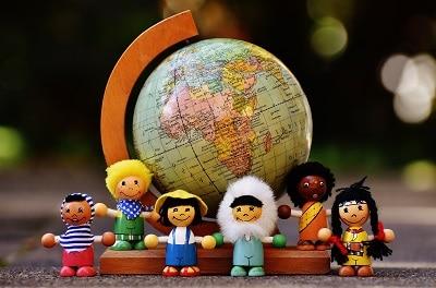 Dwujęzyczność a tożsamość wielokulturowa