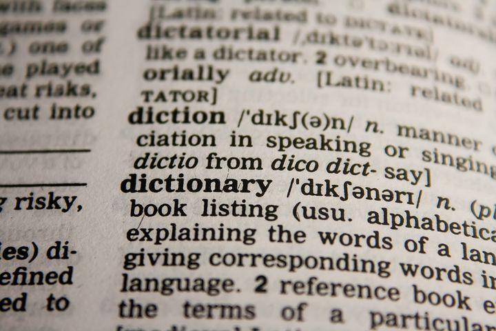 Czy dwujęzyczne dzieci mają uboższe słownictwo?