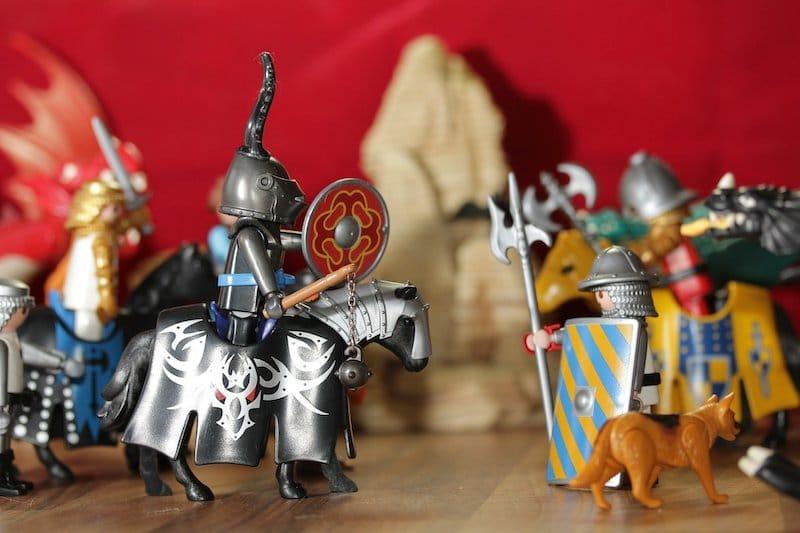 Zabawa z figurkami, czyli nasze wariacje po polsku